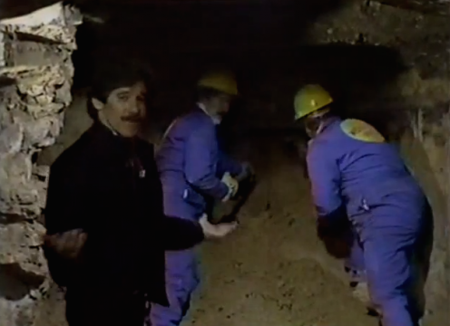 9. Al Capone's Vault (April 21, 1986) Geraldo Rivera hosted a live, two-hour special that promised to unearth treasures hidden under the Lexington Hotel, once the South Side headquarters of Al Capone. Although Rivera found nothing but debris, the Tribune Entertainment syndicated special drew a record 30 million viewers and ushered in a new genre of programming.