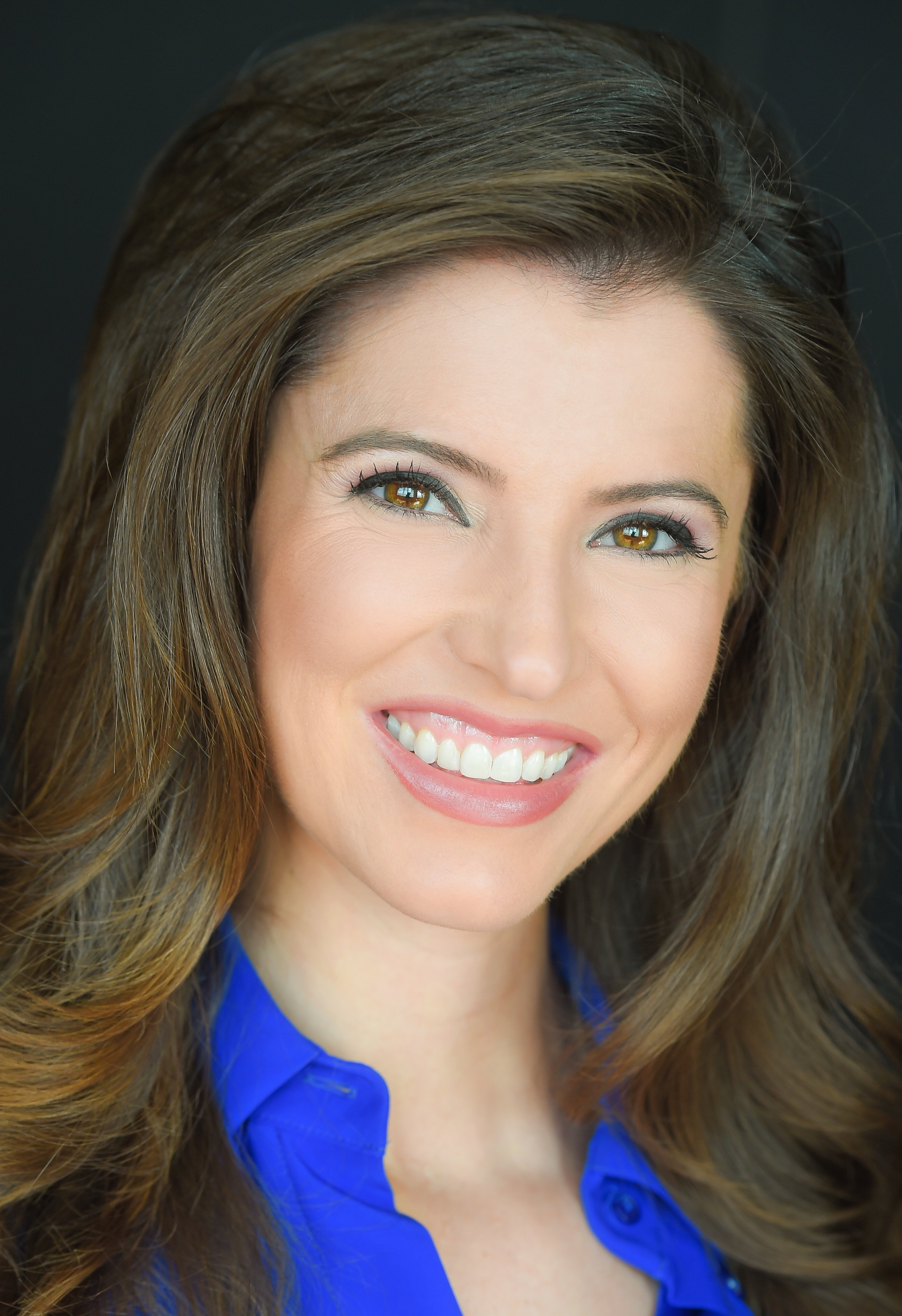 Newcomer Erin Kennedy Joins Cbs 2 S Morning Parade