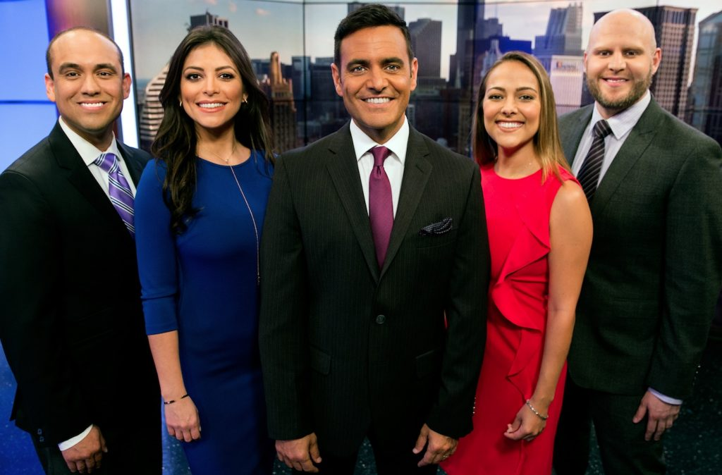 channel 7 news chicago cast streaming with english
